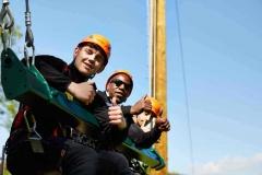 Young-people-enjoying-the-Giant-Swing